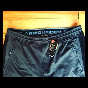 NWT Under Armour Gray Cold Gear Reactor Pants